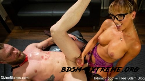 Menacing BDSM Porn Scenes With Cherie DeVille, Mike Panic (2020/HD) [DivineBitches]