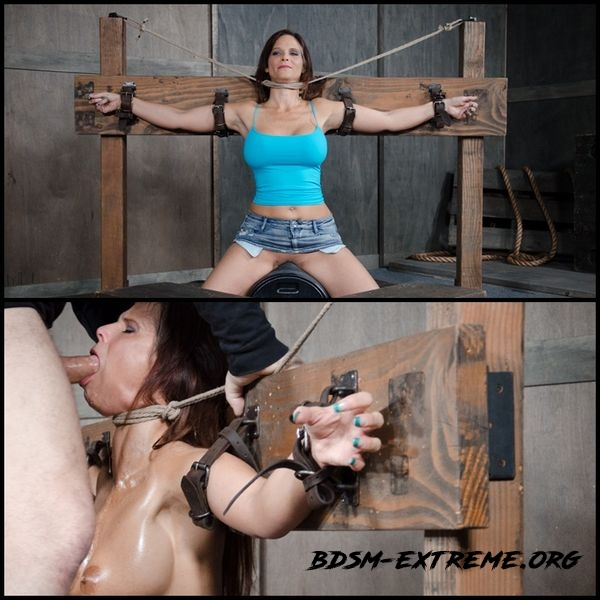 Syren De Mer experiences her most brutal sex scene ever. Neck bound, face fucked on a sybian (2020/HD)