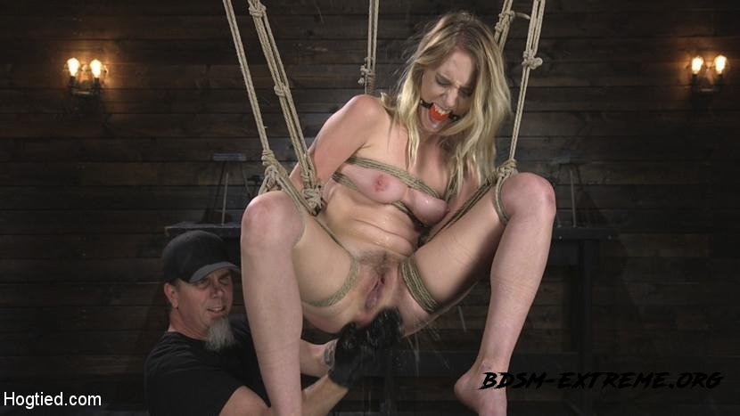 All Natural Cadence Lux Torment in Rope Bondage and Squirting Orgasms! With Cadence Lux, The Pope (2018/HD) [HogTied]