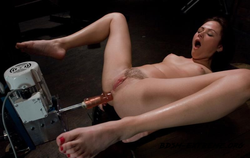 Masturbating Addiction With Sindee Jennings (2011/HD) [Kink]