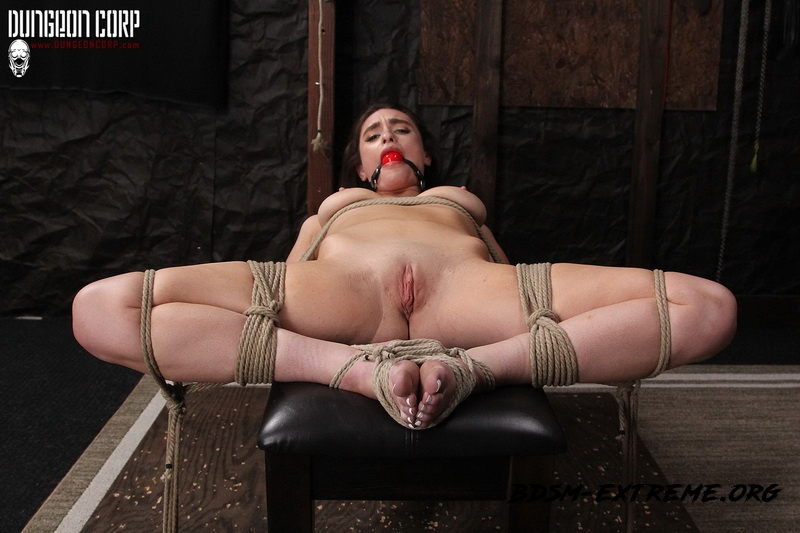 Exploring Her Darkside With Mia Taylor (2020/FullHD) [Society SM]